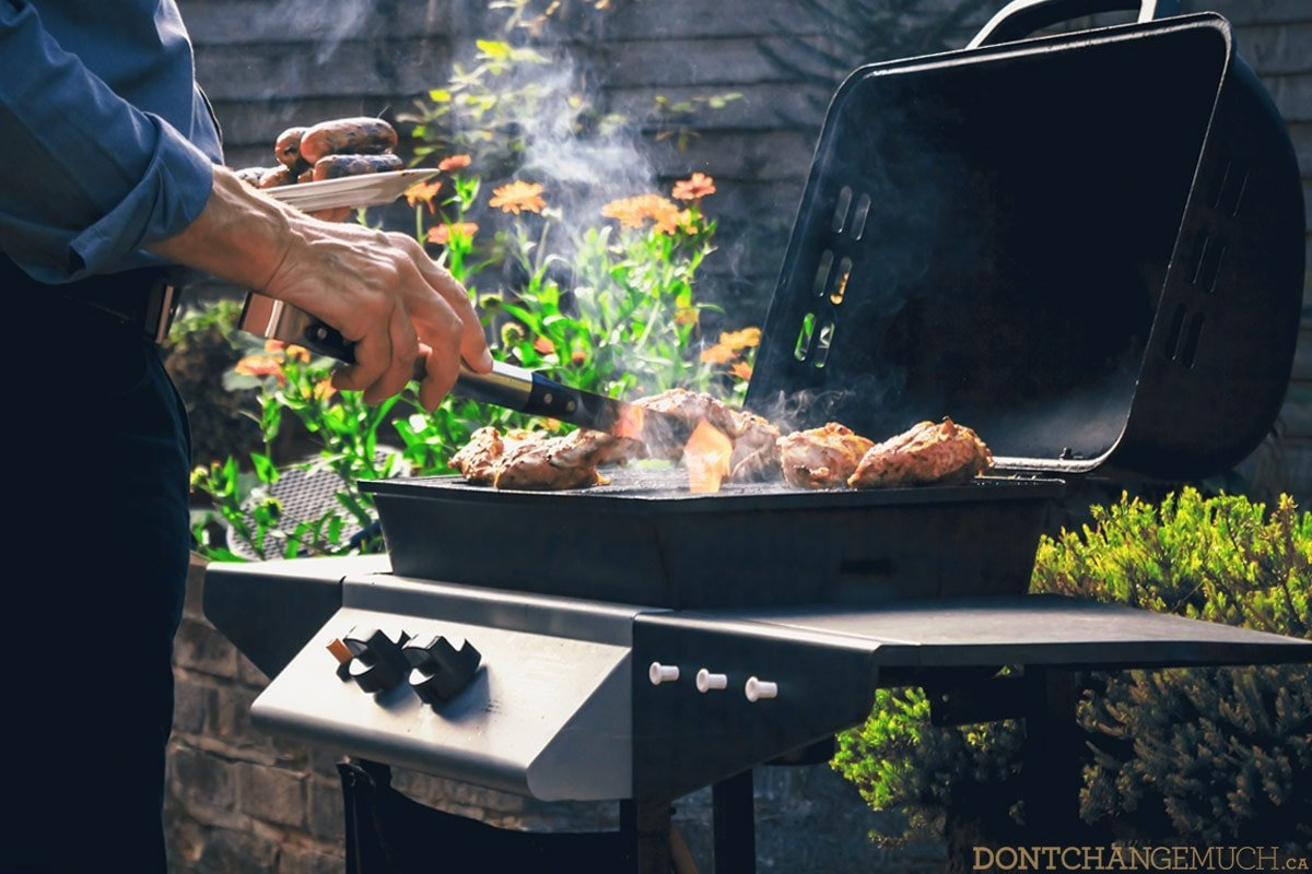 6 Tools Every Guy Needs for a BBQ