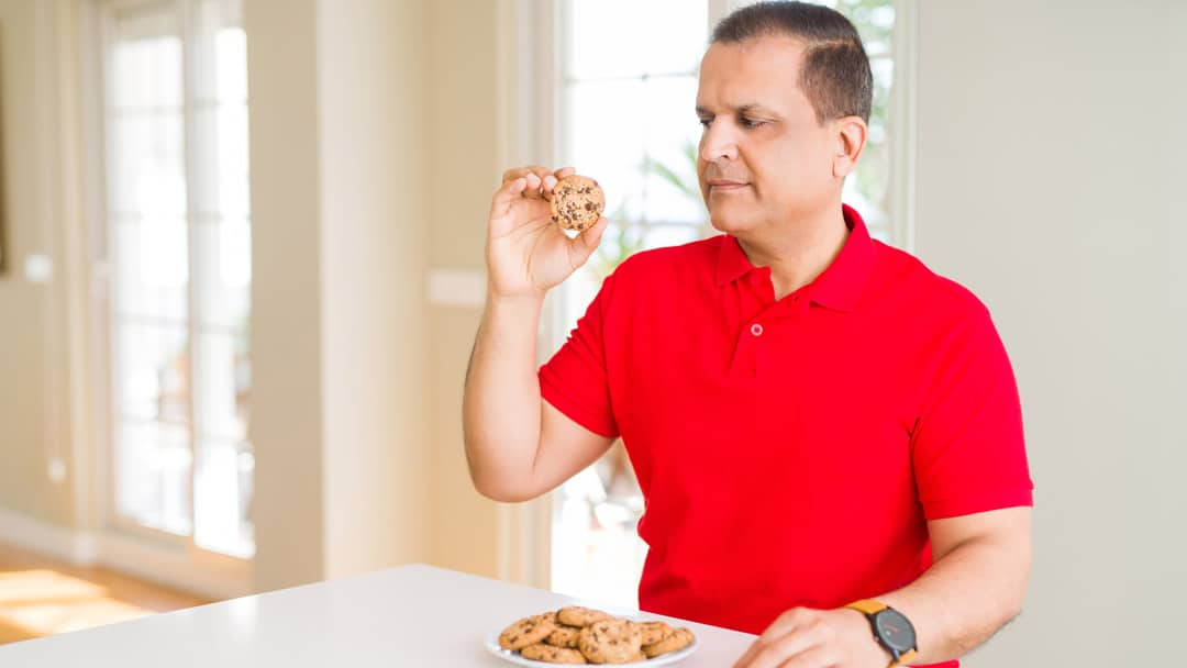 How To Tell If You're Stress Eating